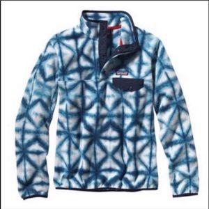 Patagonia blue tie die synchilla small